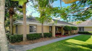image of Pacifica Senior Living Fort Myers
