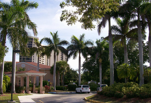 image of Savannah Court of the Palm Beaches
